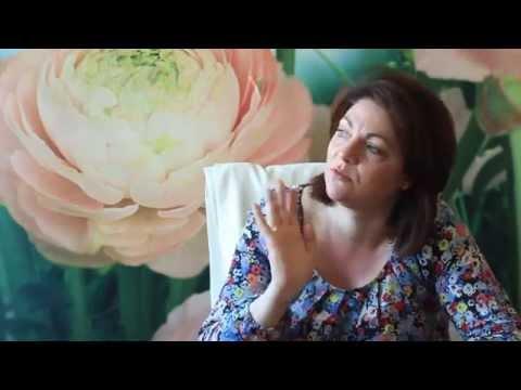 Julia Savelyev durează articulațiile ce să facă