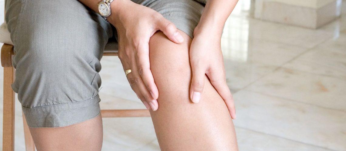 simptomele și tratamentul încălcării nervilor de șold dureri la genunchi sub cupa cauzează