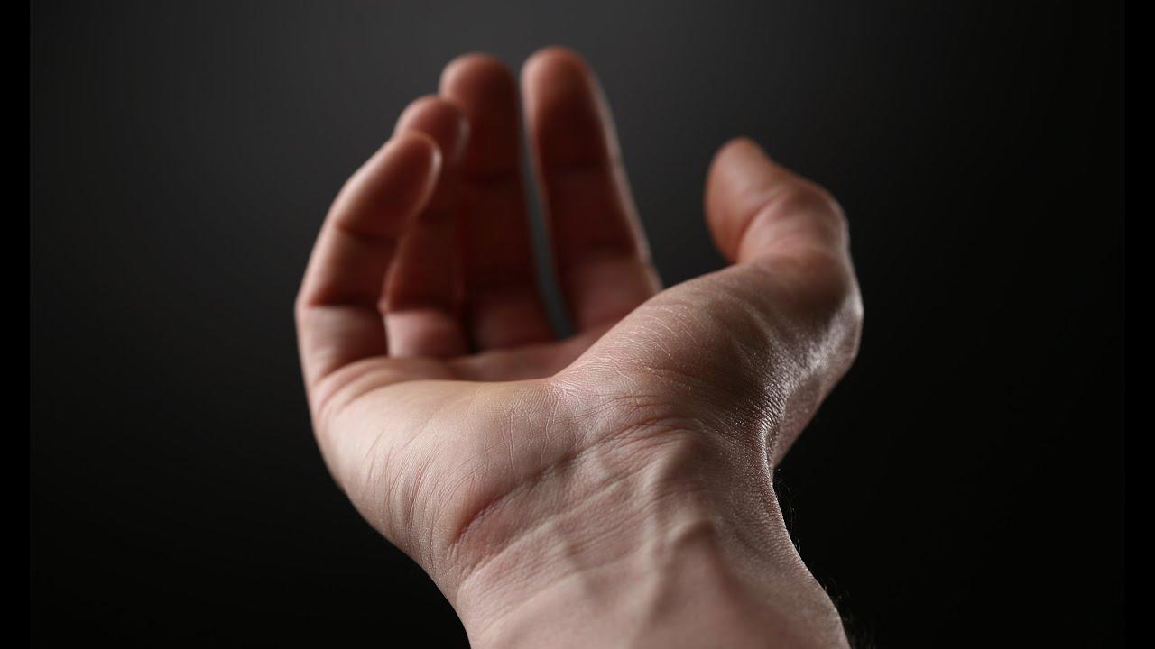 din cauza a ceea ce rănesc articulațiile degetelor