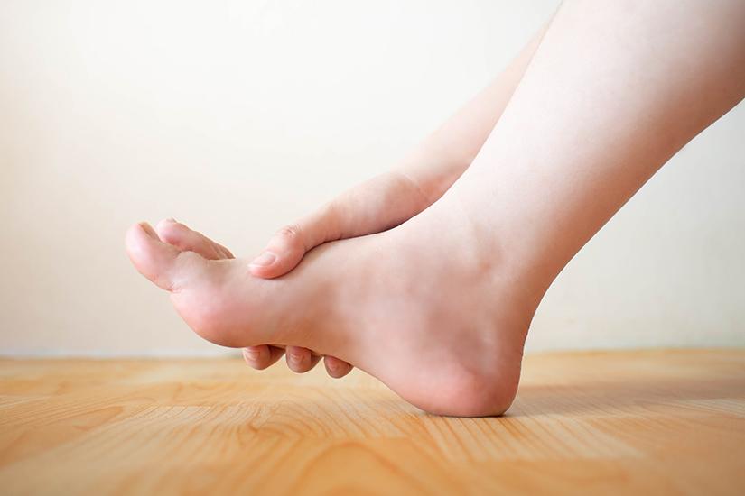 sac articular al tratamentului articulației genunchiului cum se tratează edemul în articulațiile gleznei