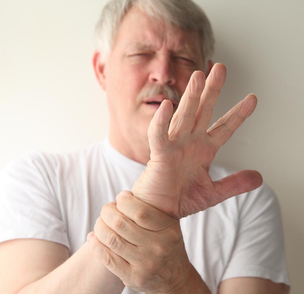 Dureri la nivelul articulațiilor degetelor la apăsare, Durerea la degetul mare al piciorului