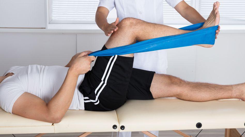 Cel mai simplu mod de a combate durerile de genunchi. Exerciţiile care ajută în cazul gonartrozei