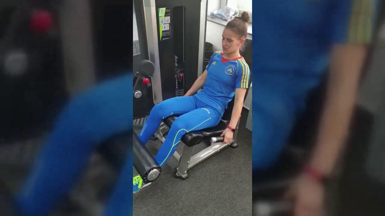 Umflarea durerii genunchiului dupa alergare, ce este apa la genunchi?