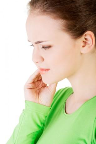 Inflamație articulară sub ureche